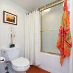 Bathroom3 (11)
