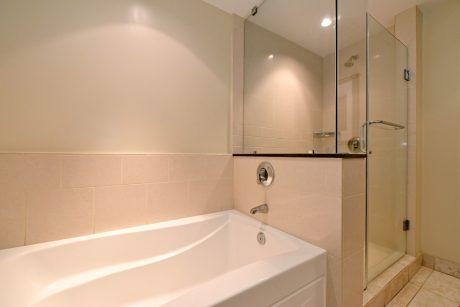 HKK537_shower_tub