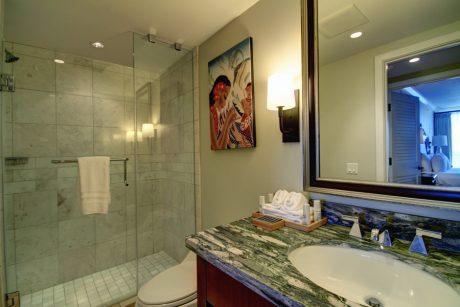 Konea 925 Bathroom #3