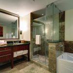 Konea 925 Master Bathroom