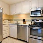 HMB304_kitchen1