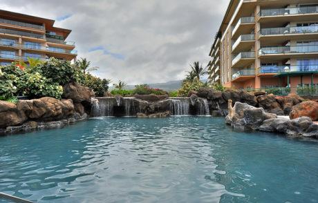 HonuaKai_Waterfall