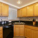 LC205_kitchen