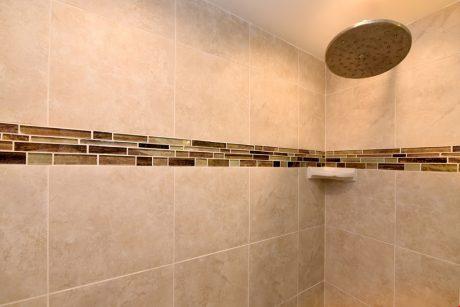 Papakea K203 master bathroom
