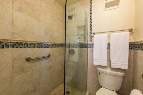 RK1211_Bathroom1_B2_3a
