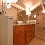 ZC403_loft_bathrm_shower