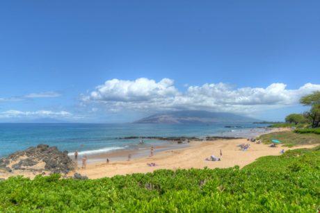 Fun For Everyone - Kamaole Beach III is perfect for snorkeling, swimming, and fun in the sun!