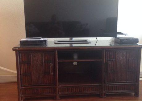 51 in. Smart Flat Screen TV