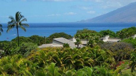 Wailea Ekolu #804 has unobstructed panoramic ocean views