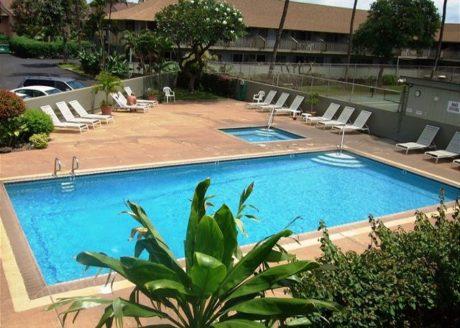 Kihei Bay Surf Pool, Spa and Tennis Court