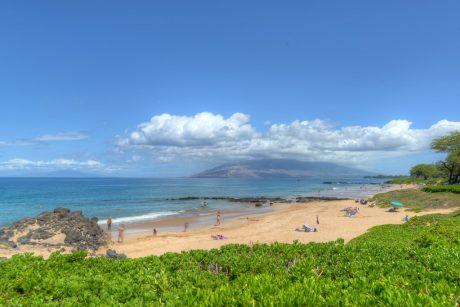 Fun in the Sun - Kamaole Beach 3 is perfect for snorkeling, swimming, and fun in the sun!