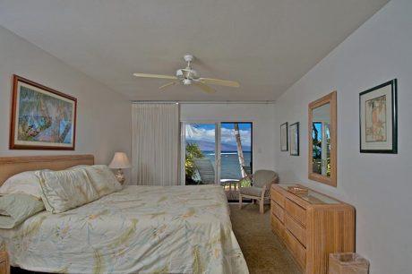 Bedroom.jpg (1)