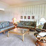 Living Room.jpg (1)