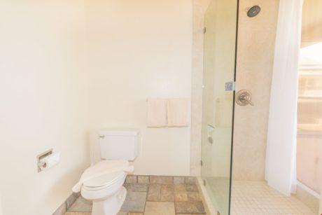 Sands of Kahana 275 - Second Bathroom
