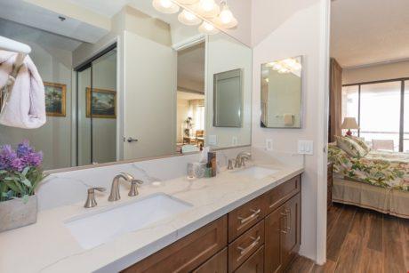 Sands of Kahana 366 - Master Bathroom