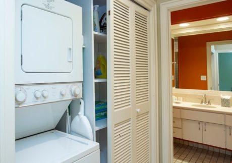 Kapalua Ridge Villa 414 - Stackable Washer & Dryer