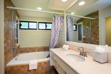 Kapalua Ridge Villa 414 - Master Tub