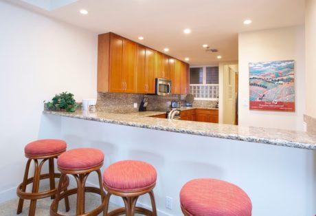 Sands of Kahana 272- Full Kitchen w/ Bar Stools
