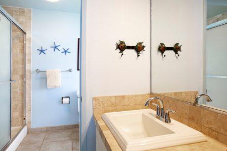Sands of Kahana 272- Master Bathroom