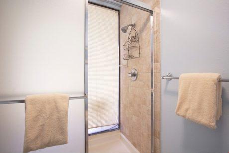 Sands of Kahana 272- Guest Bathroom Shower