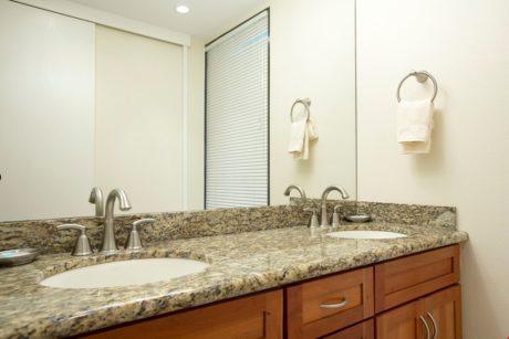 Sands of Kahana 272- Guest Bathroom Double Vanity Sinks