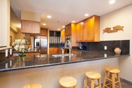 Sands of Kahana 315 - Full Kitchen w/ Bar Stools
