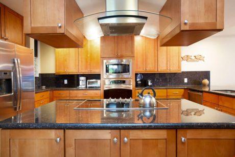 Sands of Kahana 315 - Full Kitchen