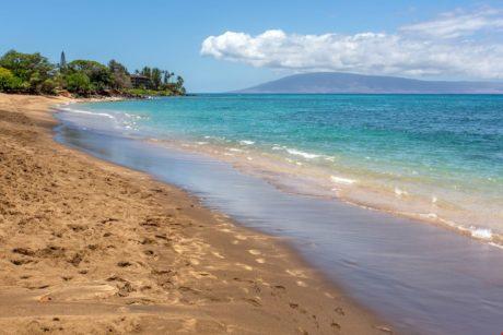 Sands of Kahana 318 Complex Beach