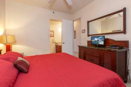 Sands of Kahana 318 Master Bedroom 2