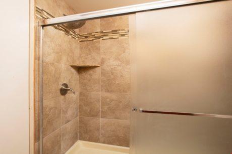 Sands of Kahana 318 Master Shower