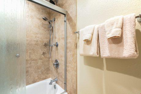 Sands of Kahana 373 Master Bathroom 2