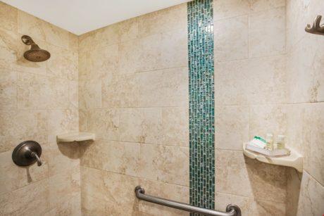 15. Bathroom 4