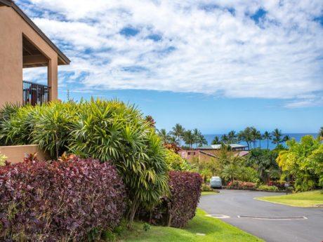 Close to the Beach – Wailea Ekahi consists of 34 beautiful acres that back up to Keawakapu Beach, one of Maui's finest beaches.