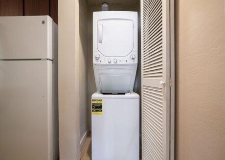 Kahana Sunset B3B washer/dryer